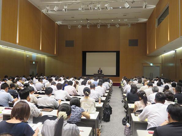 主催者挨拶 公益社団法人日本食品衛生協会 公益事業部長 鶴身和彦